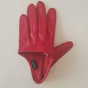 Red LEATHER half GLOVE 1 LEFT HAND ONLY
